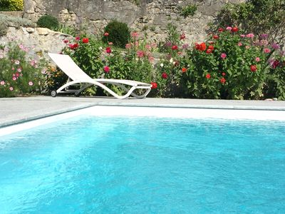 Photo for Studio between pool and mountain