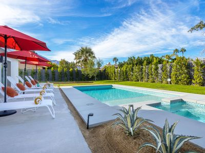 Photo for Ventura Hideaway - Pool home loaded with amenities just minutes to town!