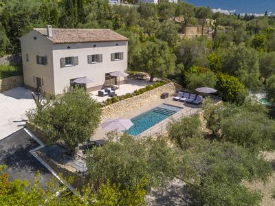 Photo for CONTEMPORARY BASTIDE CLOSE TO GOLF AND 15 MINUTES FROM CANNES