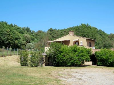Photo for 2 bedroom Villa, sleeps 6 in Podere Dottrina with Air Con and WiFi
