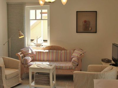 Photo for 3-R family apartment with fireplace for 4 pers. - Excl. App. Small Ida, fireplace, 250 m to the beach