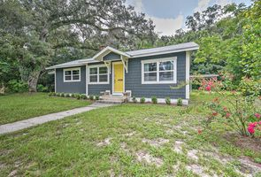 Photo for 2BR Cottage Vacation Rental in High Springs, Florida
