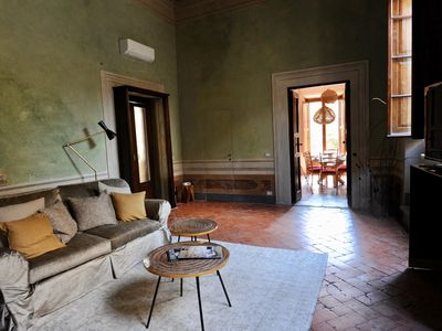 Photo for Spacious Ulivo apartment in San Marco with WiFi, integrated air conditioning & private terrace.