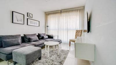 Photo for 2 Bedrooms (Gorgeous) Apartment - 12 Hebron Street.