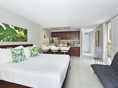 Photo for Stunning Contemporary!  A/C, Parking, WiFi, Sleeps 3.