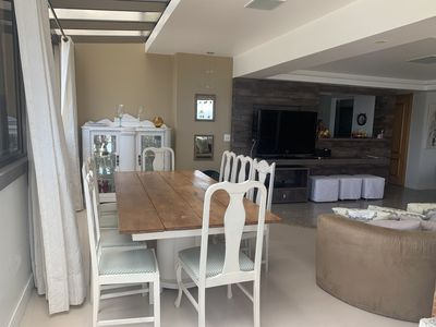 Photo for Beira Mar apartment with daily cleaning service