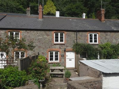 Photo for WOODEDGE, pet friendly, with a garden in Porlock , Ref 975985