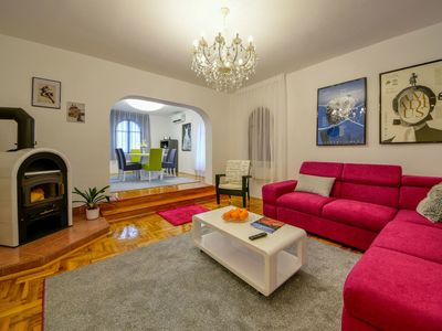 Photo for Lovely apartment for 5 people with A/C, WIFI, TV, balcony and parking
