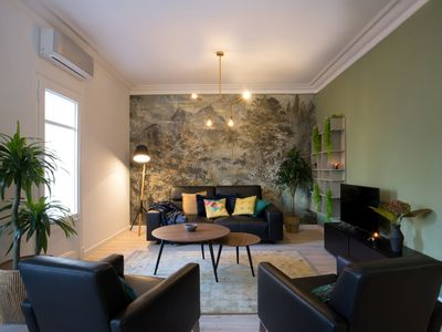 Photo for Gorgeous flat 4bed 5min to tube in lovely Eixample