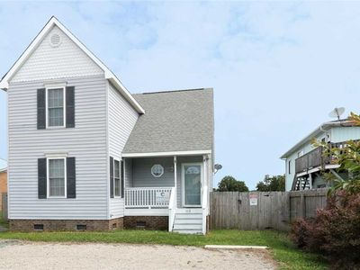 Photo for Cubbie`s Corner: 3 BR / 2 BA single family home in Carolina Beach, Sleeps 8