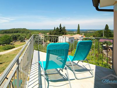 Photo for Top location with sea view! Only 2km from the beach and 4km from Porec.
