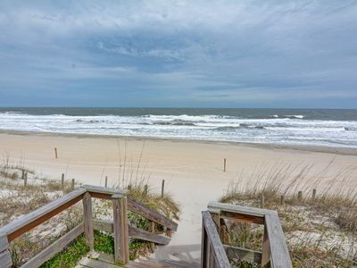 Photo for Cozy Cabana - Welcoming 1 bedroom ocean front townhouse in Carolina Beach