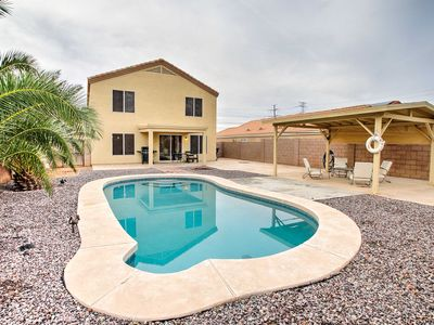 Avondale Abode w/ Fire Pit & Outdoor Living Space!