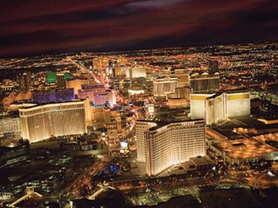 Photo for Visit Las Vegas in style!