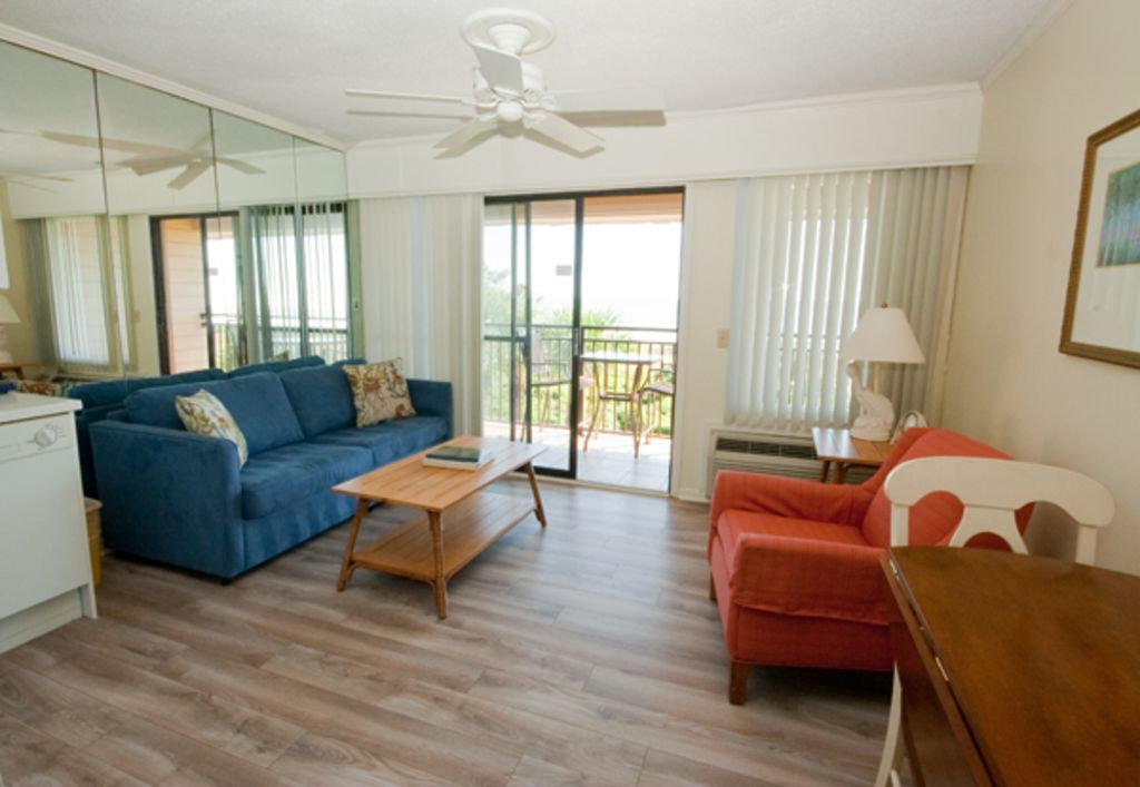 Seaside Villa 325 1 Bedroom 1 Bathroom Oceanfront Flat Hilton Head Sc Forest Beach Hilton Head