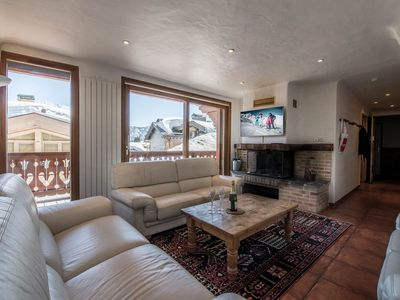 Photo for 4 bedrooms apartment near the resort center of Courchevel 1850