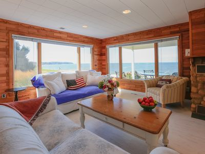 Beach Front in Southold; newly renovated/baths/kitchen/2nd floor family room!