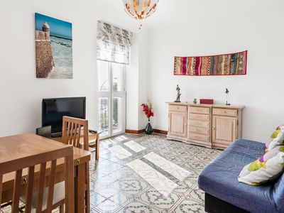 Photo for Air-Conditioned Apartment with Rooftop Terrace, Sea Views, Balcony & Wi-Fi; Pets Allowed