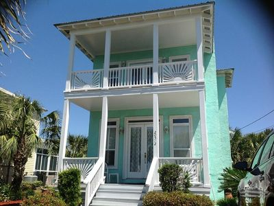 Photo for 3BR/3BA with Private Pool!!  Fall Deals Available!!