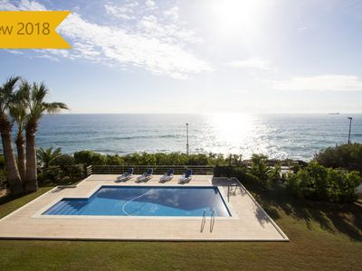 Photo for Luxury 5-bedroom beachside villa in Tarragona, just a few steps from the beach!