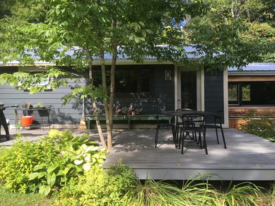 Newly renovated, casual modernist house.  Great indoor / outdoor flow - 3 decks