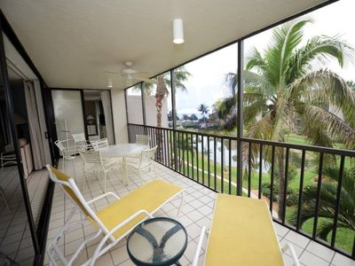 Photo for SUNDIAL T401: GULF VIEW, SLEEPS 8 PLUS $100+ EXCLUSIVE BEACH DISCOUNTS!