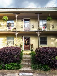 Hotty Toddy, Perfect Spotty! 4B/3B Townhouse Rental