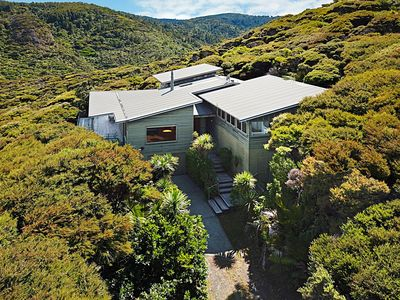 Photo for Sea of Green Lookout - Piha Holiday Home