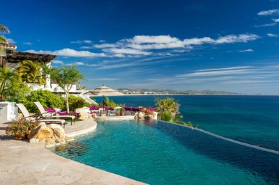 Experience the perfect Cabo getaway when you stay at Villa Gloriosa