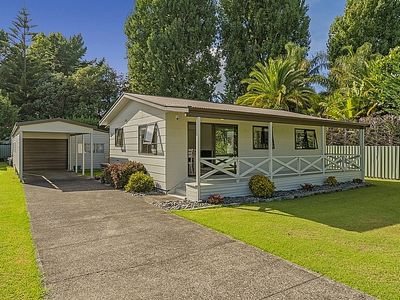 Photo for Persimmon Cottage - Whitianga Holiday Home