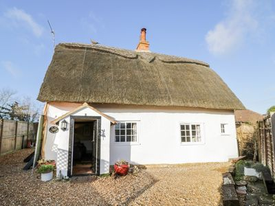 Photo for The Little Thatch Cottage, SHARNBROOK