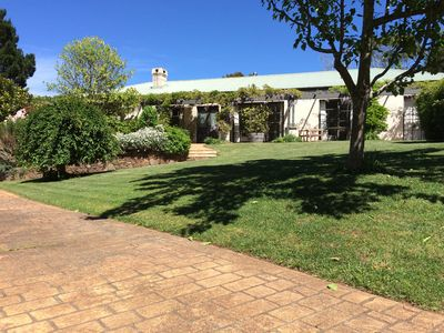 Photo for 4BR House Vacation Rental in Robertson, NSW
