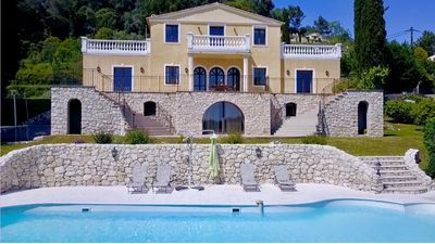 Photo for Grand Luxurious Roman flair villa, grand pool, great view, family friendly