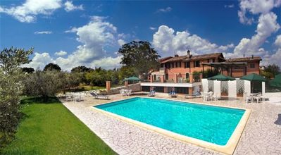 Photo for 10BR Villa Vacation Rental in Ascoli Piceno