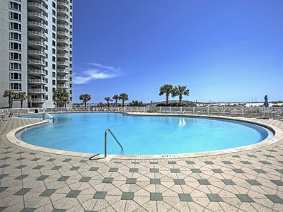 Photo for Navarre Beach Resort Condo w/Gulf View & Balcony!