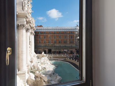 Photo for UNIQUE, AMAZING OVERLOOKING THE TREVI FOUNTAIN, LUXURY FLAT 90m2, Up to 4 sleeps
