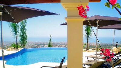Photo for Private Pool - Luxury Accommodation - Stunning Views