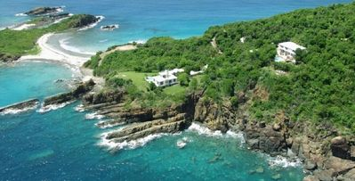 Photo for 7bd villa and beaches of sand shells, corals and pebbles just minutes away