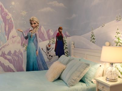 Photo for Our Happy Place - Frozen & Star Wars Rooms + 4 King Suites Luxury @ Encore