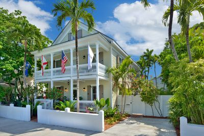 Majestic home in Key West - Level 1 and Cottage!