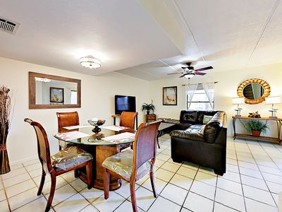 Living Area - Complimentary Wi-Fi is available throughout the condo.