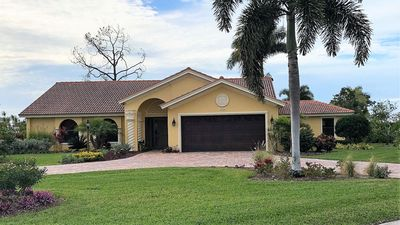 Photo for Recently Renovated 4 BR/3 BA Home with Pool in Naples!