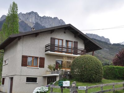 Photo for Detached house 8 people - View of the castle and the mountains