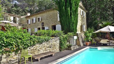 Photo for Mas Provencal for rent, private swimming pool, view Ventoux