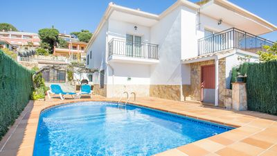 Photo for House located in Blanes. Private garden and pool. 3 km from the beach and center.