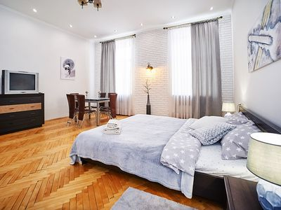 Photo for Spacious apartment in the center