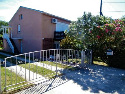 Photo for Holiday apartment Ližnjan for 4 - 6 persons with 2 bedrooms - Holiday apartment in one or multi-fami
