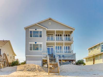 DOLPHINVIEW ON PAWLEYS ISLAND WITH CREEK DOCK, OCEANFRONT & MORE!