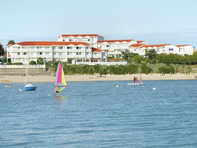 Photo for Beautiful apartment for 4 people near Fouras, in residence at the seaside