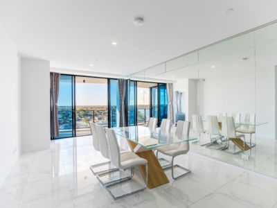 Photo for Stunning Brand New 3 bedrooms Apartment